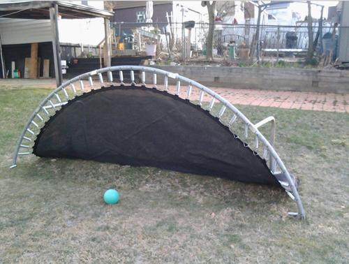 trampoline als voetbaldoel